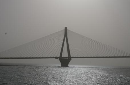 Architektoniczny tytan, most Rio-Antirio w Grecji