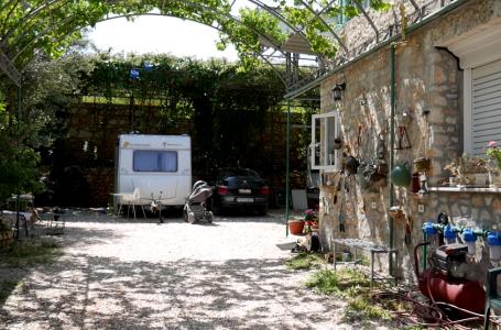 Ksamil Caravan Camping