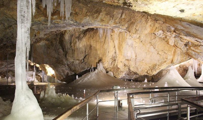 słowacki raj jaskinia lodowa