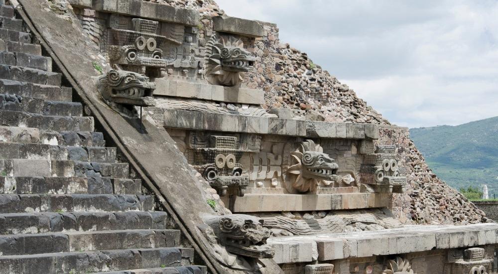 piramida azteków