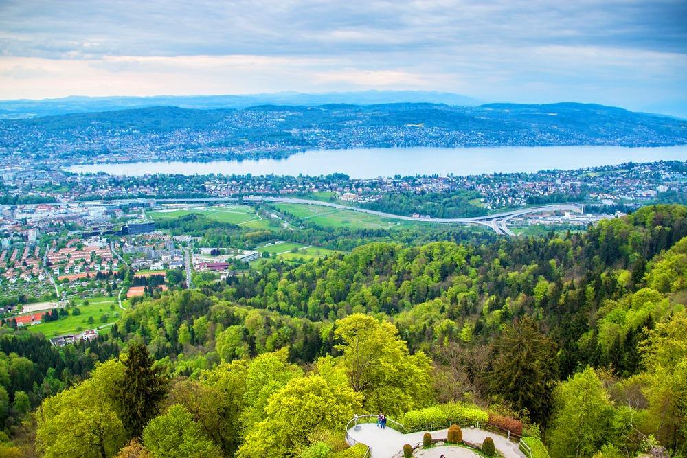 największe miasto w szwajcarii