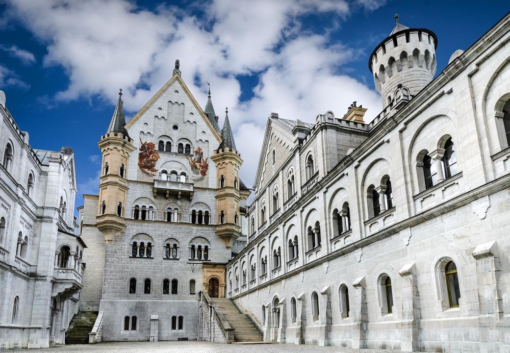 Wejście do zamku Neuschwanstein