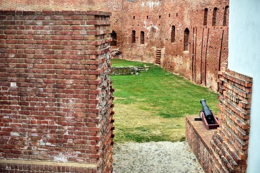 zamek miedzyrzecze